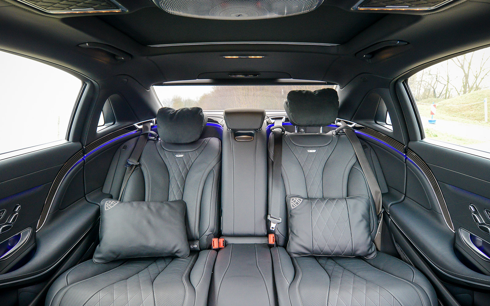 www maybach mercedes maybach s600. Black Bedroom Furniture Sets. Home Design Ideas